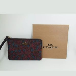 Coach Meadow Cluster Corner Zip Wallet / Wristlet,